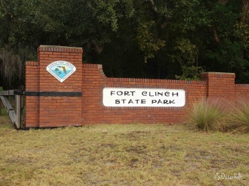 Entrance sign to Fort Clinch State Park