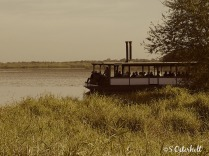 The tour boat - looks we're in the 1800's
